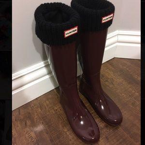Size 9 Hunter tall original boots glossy burgundy